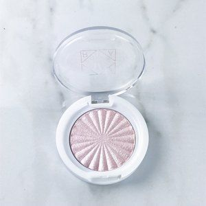 OFRA Highlighter MINI in Pillow Talk Pink Glow